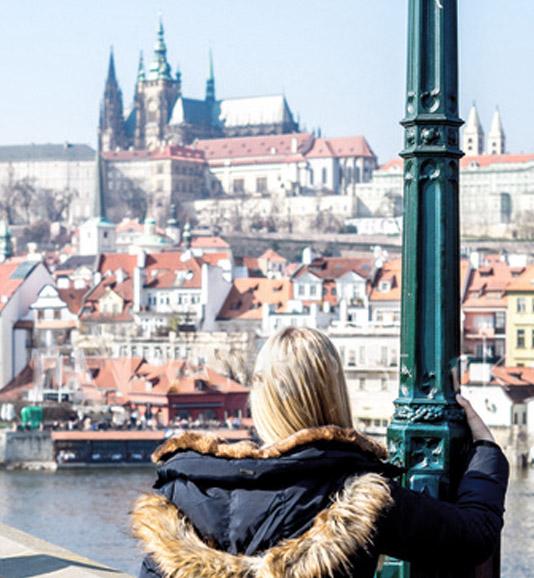 billiger fliegen Urlaubgflüge Prag
